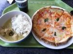タイカレーとピザ