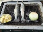 ニンニクのバター焼きと虹鱒と新玉ねぎ