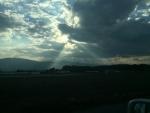 怪しい雲が…